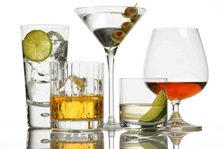 effects of alcohol on skin and aging