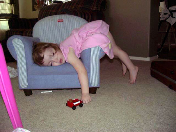 15+ Hilarious Pics That Prove Kids Can Sleep Anywhere - Napping Like You Own This Armchair