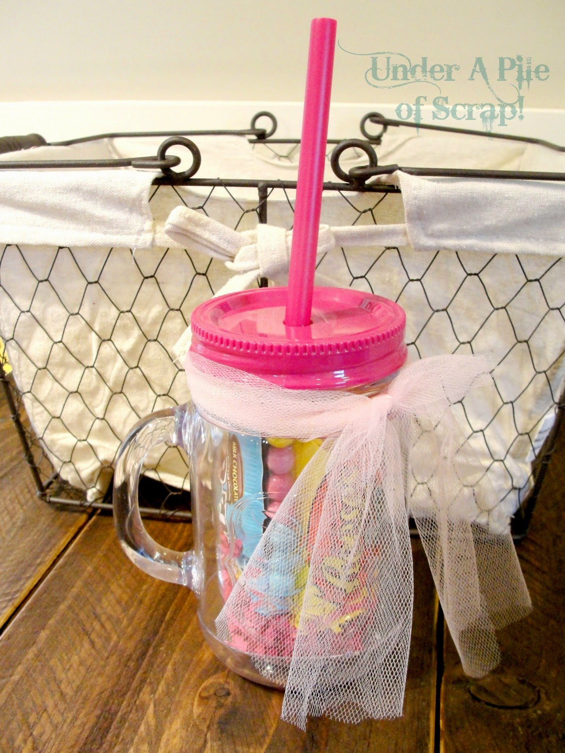 Great Gift Idea, Clear drink cup with pink lid, wedding party gifts, bridesmaid, bridesmaids, groomsmen