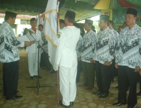 Kode etik guru indonesia yang harus diamalkan dengan sadar