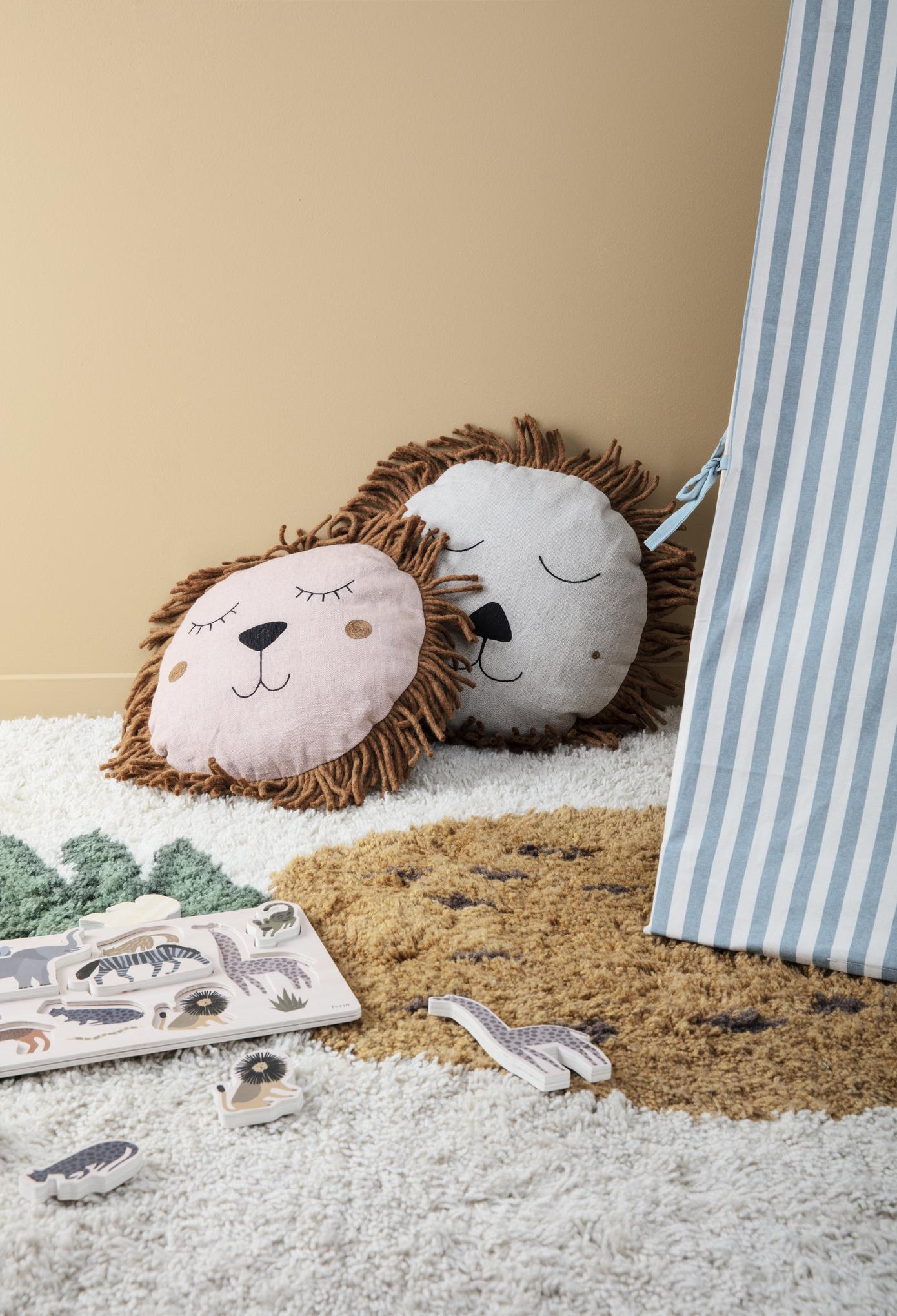 drewniane dodatki do pokoju dziecka