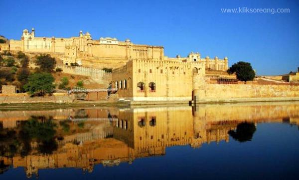 Benteng Amber - Tempat Yang Wajib di Kunjungi di India