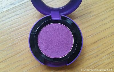 MAC Cosmetics, Selena, MAC X SELENA, Selena Collection, Selena Quintanilla, Selena, eyeshadow
