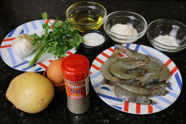 Ingredientes para buñuelos de patata y langostinos