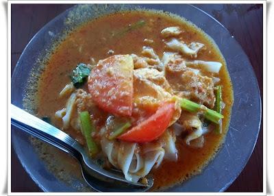 http://www.khairunnisahamdan.com/2013/10/tempat-makan-best-mee-bandung-muar-pagoh.html