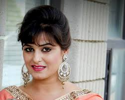 Anshu Sawhney Family Husband Son Daughter Father Mother Age Height Biography Profile Wedding Photos