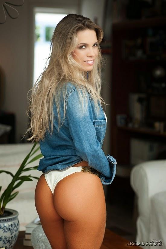 Amanda Sagaz bundinha perfeita