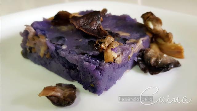 Timbal de Patata, Fredolics, bolets, cuina vegana, recepta vegana, patata violeta, cocina vegana, receta vegana, l'essència de la cuina, blog de cuina de la Sònia