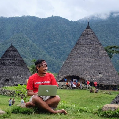 Ariev Rahman Indonesia Travel Blogger