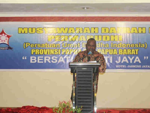 Lukas Enembe Ajak Umat Budha Papua Ciptakan Kedamaian