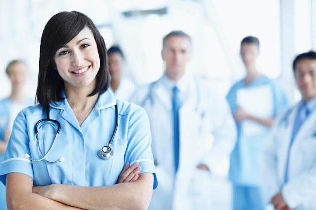 Make Money While Studying a Nursing Degree