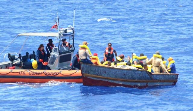 Arrestan dominicanos y haitianos en viaje ilegal a Puerto Rico