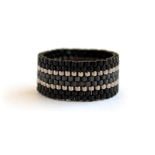 кольцо на большой палец женское купить украшения из бисера черные темные