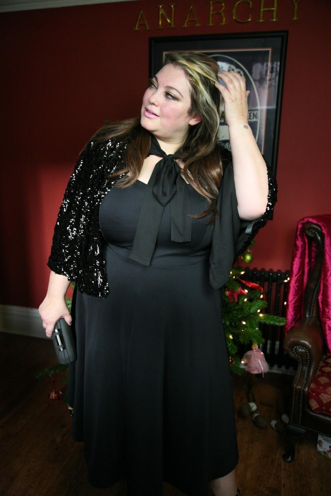831f0ec0a9 Jameela Jamil Black Strapless skuba dress-Plus size Christmas party ...