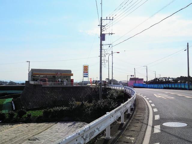 デイリーヤマザキ フジトモ商店