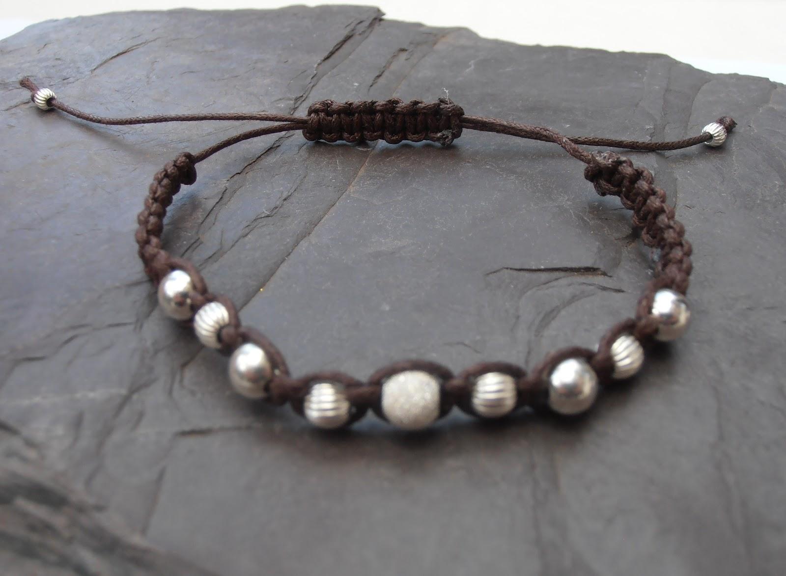 Bracelets For Women: Macrame Bracelets