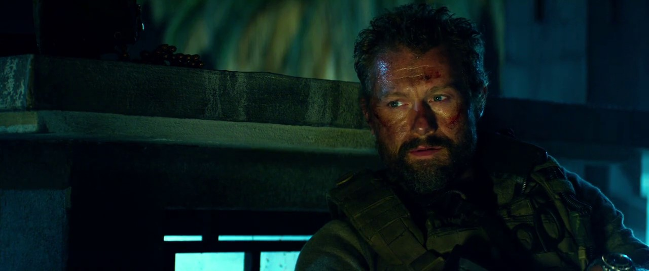 13 Hours: The Secret Soldiers of Benghazi (2016) 3