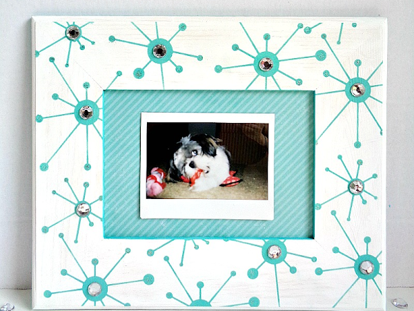 DIY: Stenciled Gem Frame