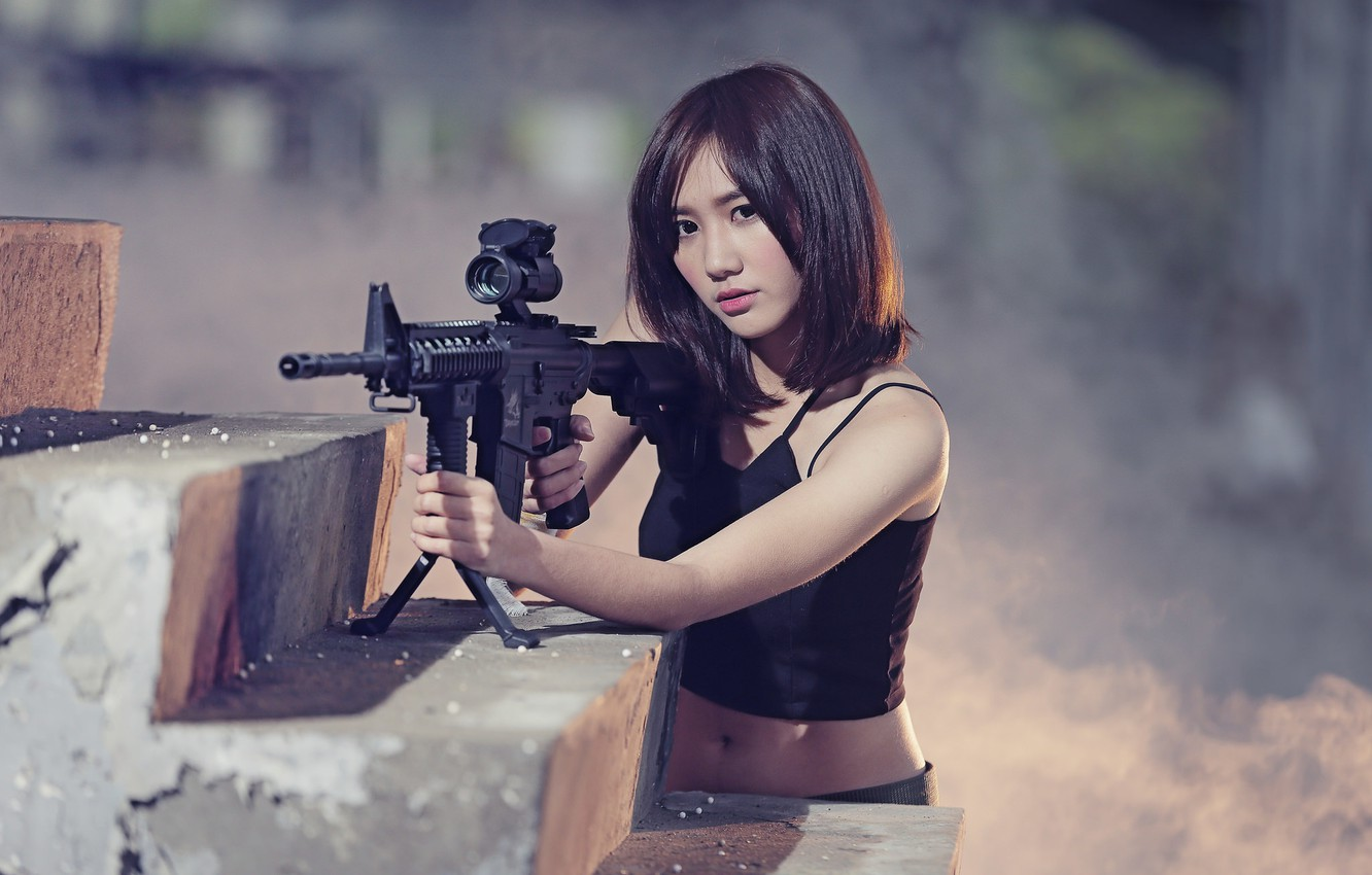 asian-girl-gun