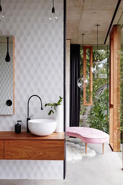 mobilier salle de bain blanc et bois design