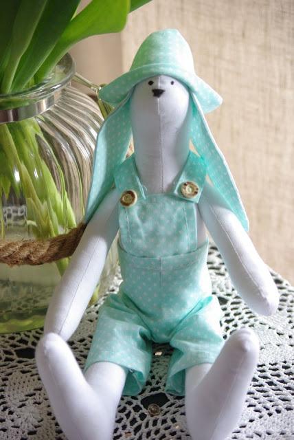 Króliczki Tilda, króliczek maskotka