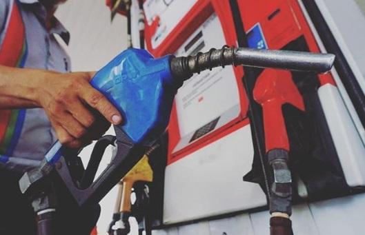 Jangan mencampur bensin dengan Pertamax