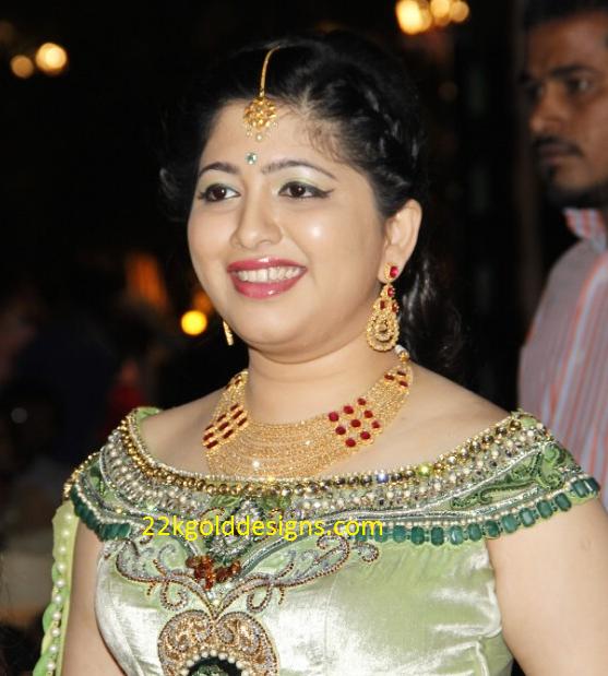 Jayaprada's Daughter in law Reception jewellery