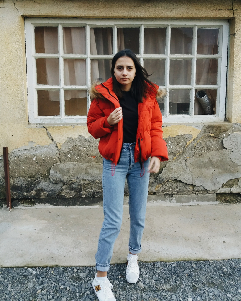 ps minimalist blog,fashion and beauty blogger valentina batrac,teen fashion bloggers from croatia, hrvatske modne blogerice,winter 2017 / 2018 outfit ideas,how to style red puffer jacket,winter streetstyle,what to wear this winter,how to dress in winter and snow,cold weather blogger style
