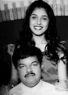 Sanskruti Balgude Family Husband Son Daughter Father Mother Marriage Photos Biography Profile.