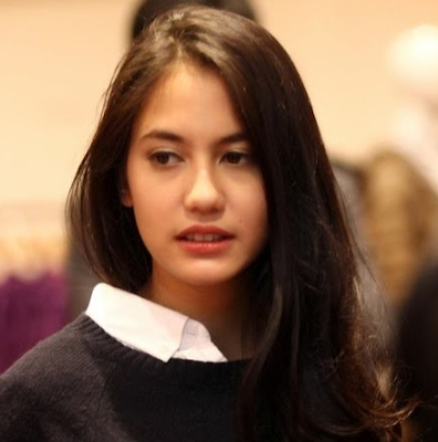 Pevita Pearce Artis Indonesia Paling Cantik dan populer 2016