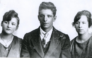Frieda, Theodor Jr, and Caroline Fiedler, Theo Fieldler's children, from Carol Hunt's family collection