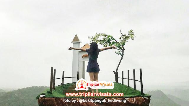 spot foto di bukit panguk bantul yogyakarta