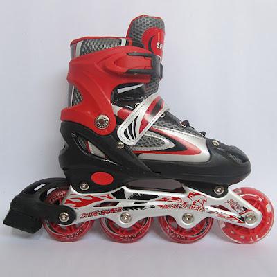 Buktikan.... bermain sepatu roda power line begitu sangat menyenangkan.  Selain menyenangkan e71e6c0128