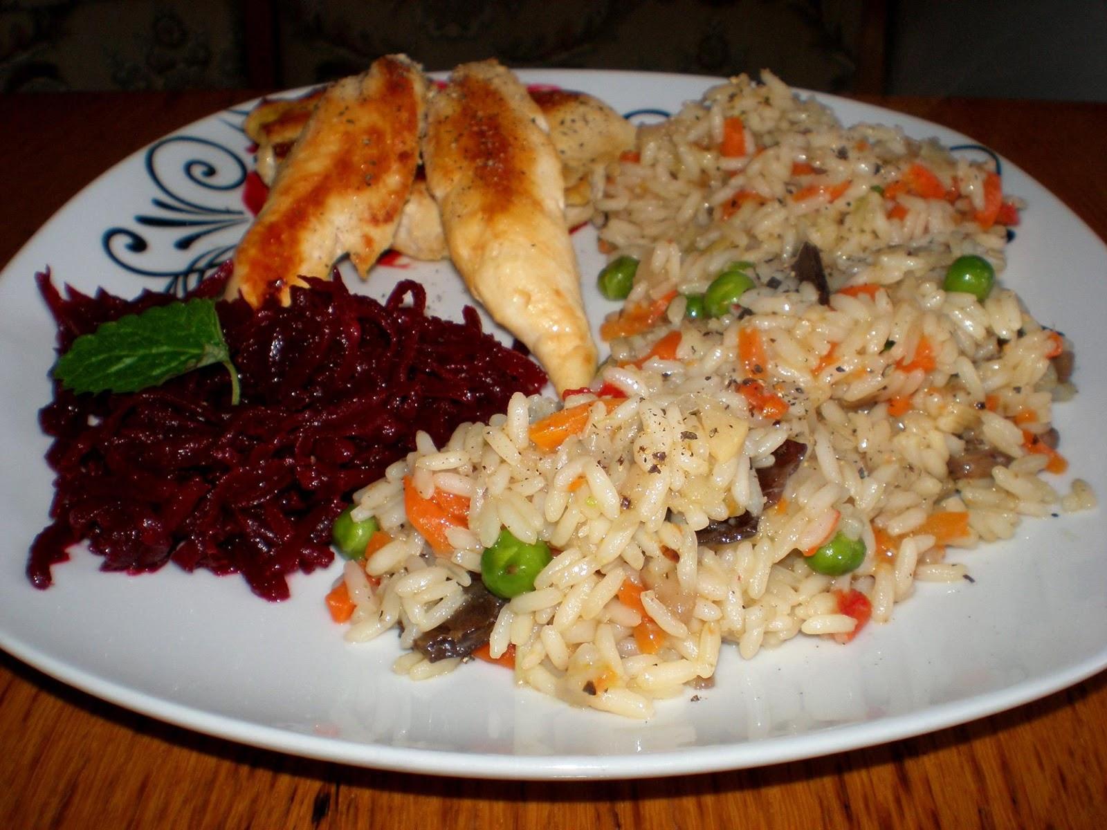 Piept de pui și orez cu legume