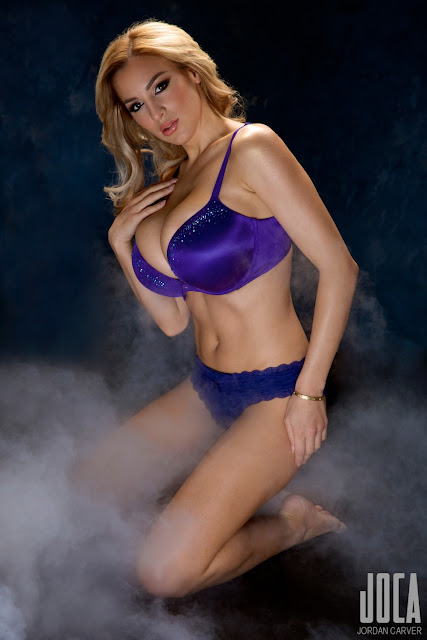 Jordan-Carver-WWL-Photo-Shoot-in-Hot-Blue-Bikini-HD-Picture-10
