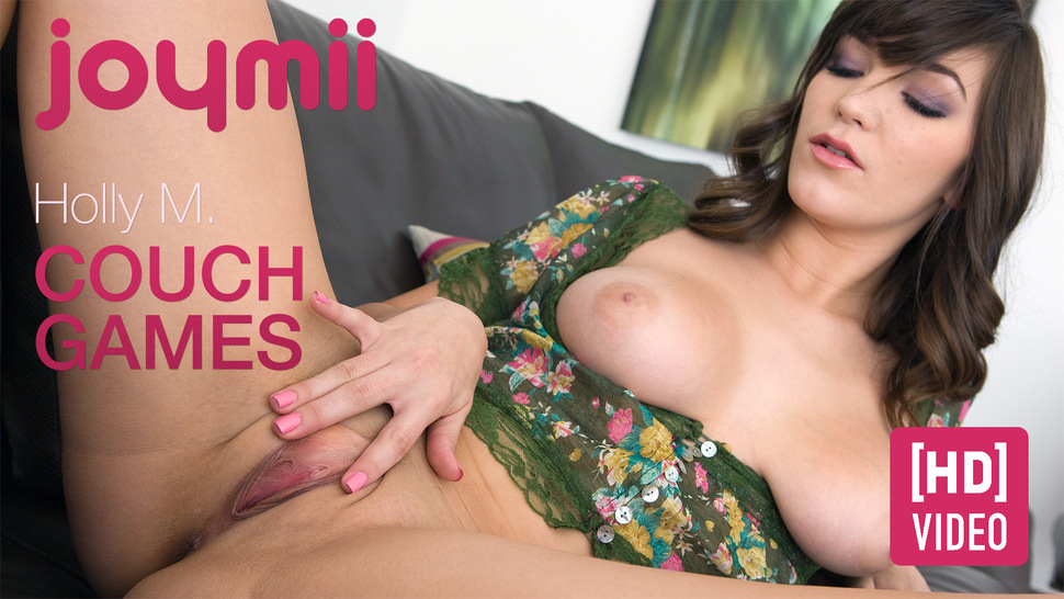 Joymii2-01 Holly M - Couch Games (HD MOV) 03060
