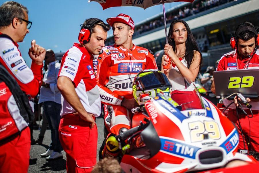 2016 Jerez Spain Andrea Iannone Motor Race