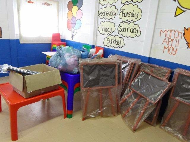 Donations made to the Khaya Cheshire Home by Hollywoodbets