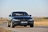 2013 BMW 3-Series (F30) 328i Sedan Luxury Line Official photo image media press