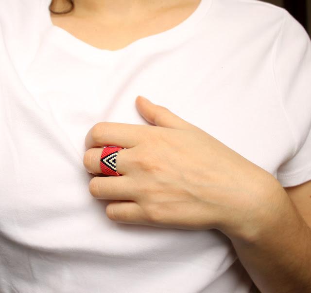 стильные кольца купить авторские работы из бисера бижутерия