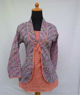 model baju atasan wanita bahan batik