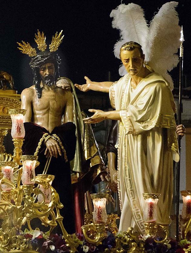 Pilatos apresenta Jesus ao povo judeu para que escolha entre Ele e Barrabás, mistério de São Bento, Semana Santa, Sevilha