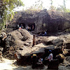 Wisata sejarah Goa Selo Mangleng Kediri