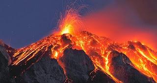 akibat gunung meletus,penanggulangan gunung meletus,cara mengatasi,penyebab,proses terjadinya gunung meletus,faktor penyebab gunung meletus,gunung meletus krakatau,di indonesia,