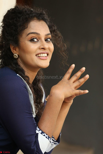 Sonia Deepti Looks Super cute at Chinni Chinni Asalu Nalo Regene Trailer Launc Exclusive ~  03.JPG
