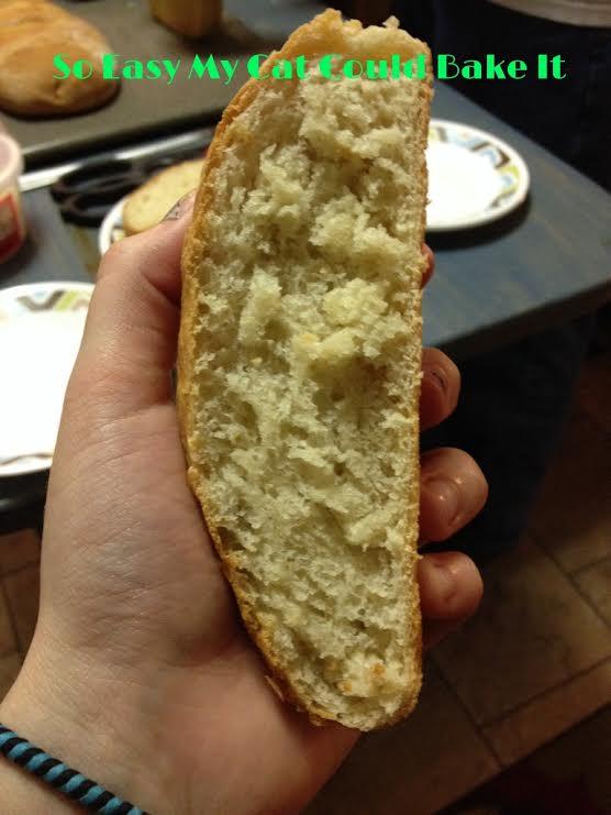 Tried & True Recipes: Garlic Bread Pizza (Copy Cat Pizza Hut)  |Cat French Bread