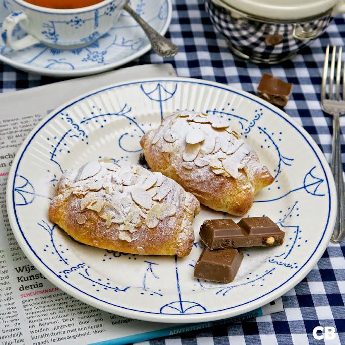 Recept Chocoladebroodjes met amandelen