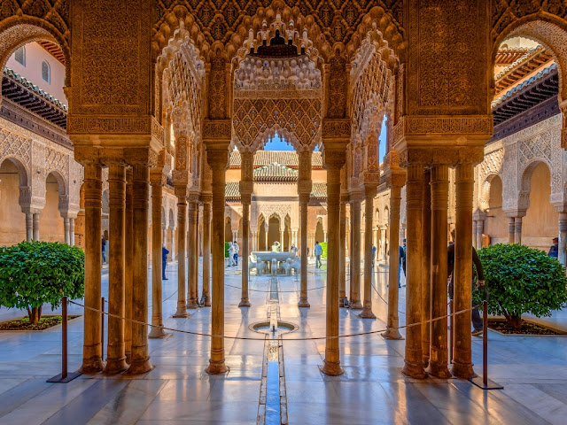 La-Alhambra-of-Granada-Malaga-Trips