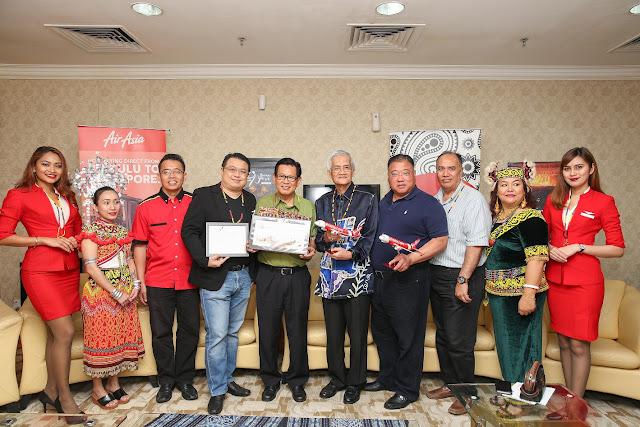 AirAsia sambut dua penerbangan sulung antarabangsa ke Sarawak