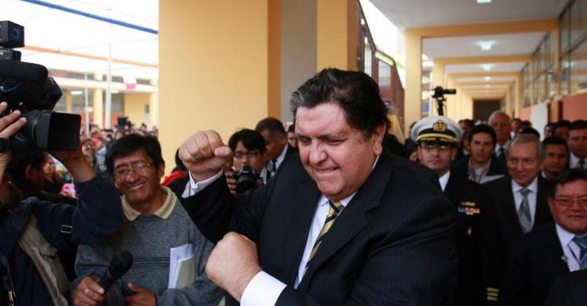 ALAN GARCÍA: Fiscal solicita impedimento de salida del país contra expresidente